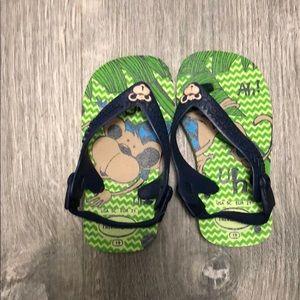 Havaianas Baby Sandals 5C toddler w/elastic strap.